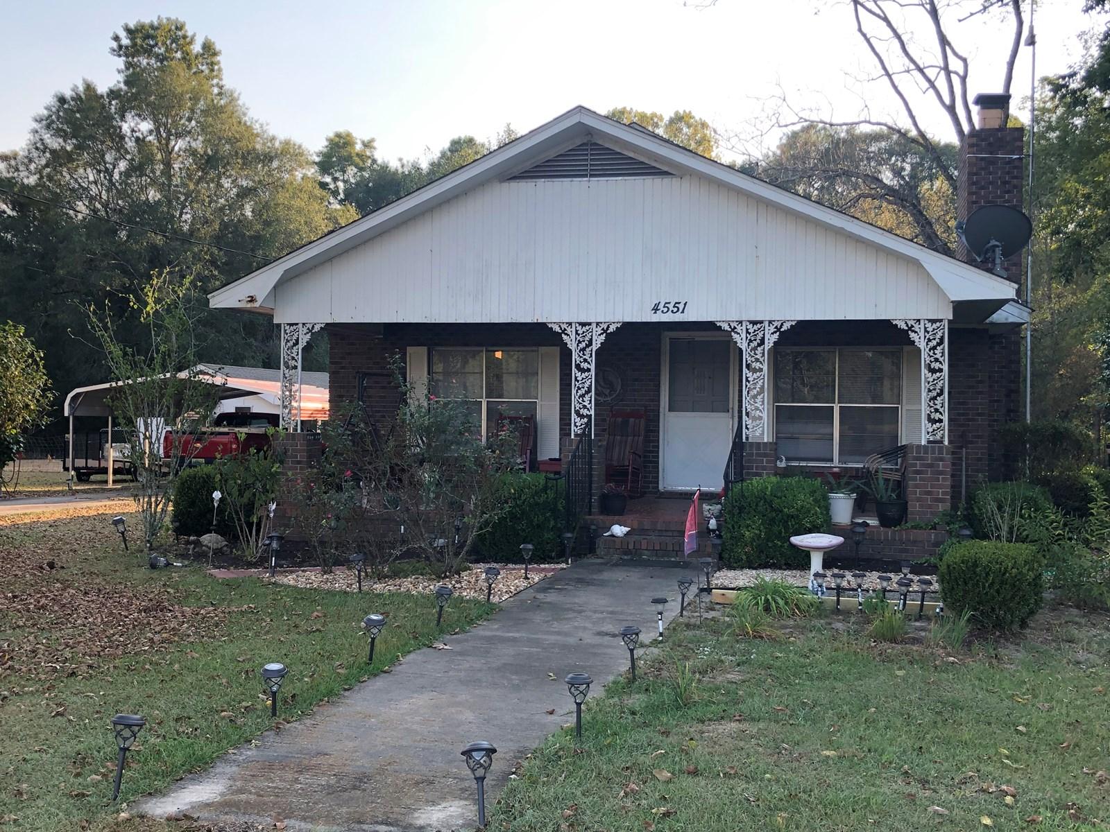 Homes for Sale Slocomb,Alabama near Florida Line