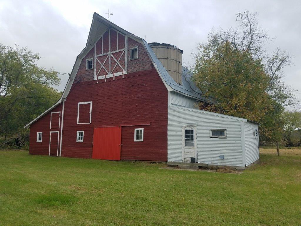 WADENA/SEBEKA AREA ESTATE - LAND AND FARM AUCTION