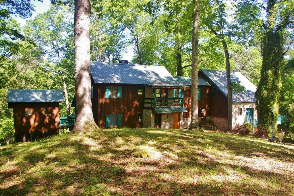 4 Bed/4 Bath Riverfont Cabin, 7.78 Acres, Pike Co, MS