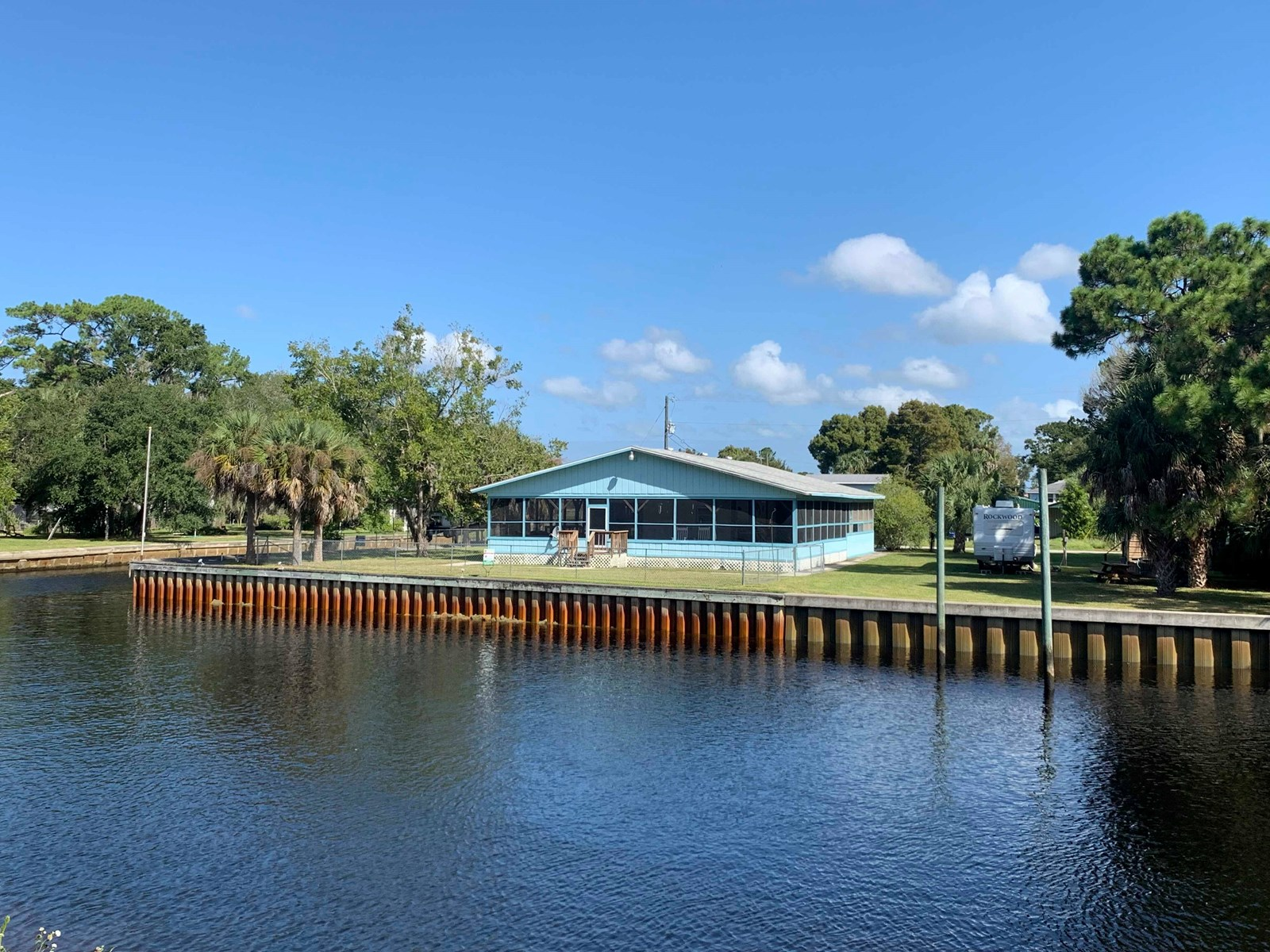 WATERFRONT HOME FOR SALE, SUWANNEE FLORIDA