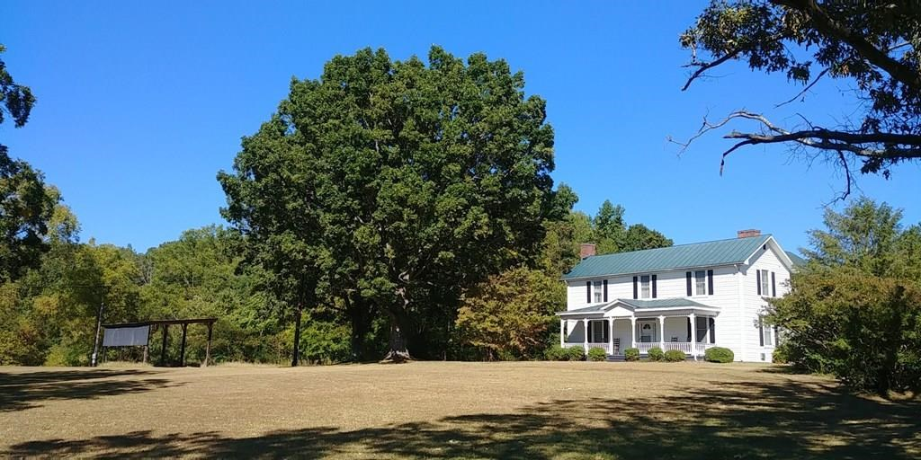 Plantation Style Home on Farm in Ringgold, VA