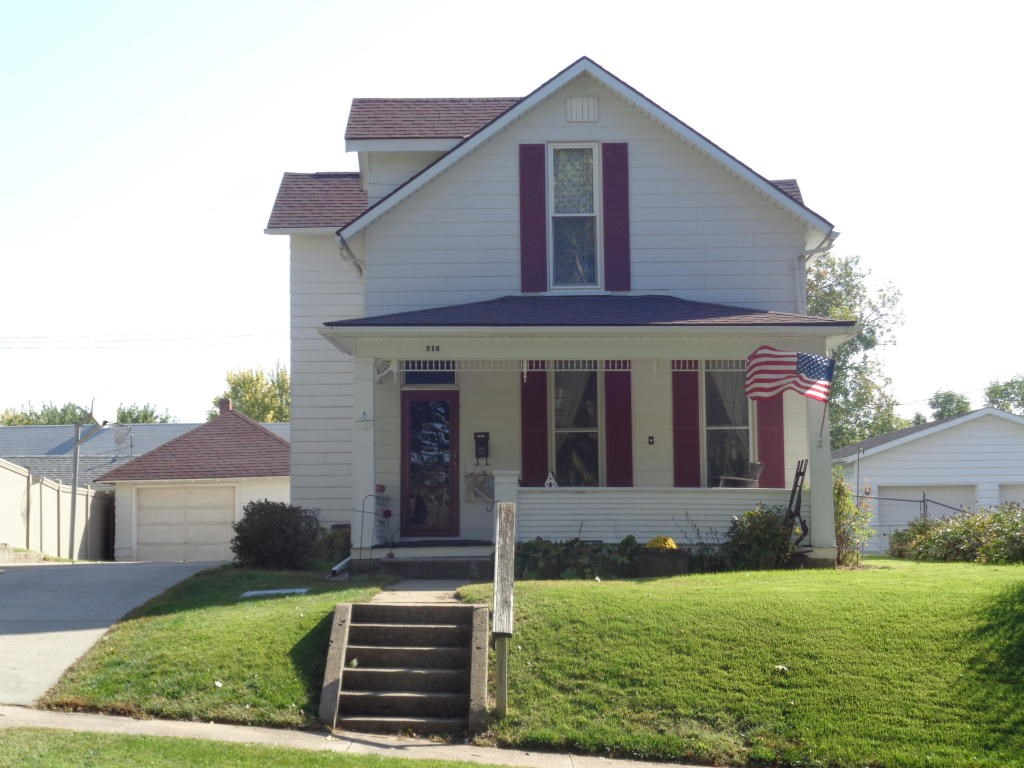 4 Bed /1.75 ba home Missouri Valley Iowa For Sale