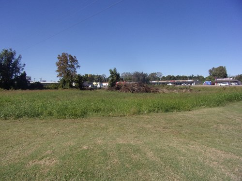 COMMERCIAL LOT FOR SALE IN ARKANSAS 1.48 acres in town