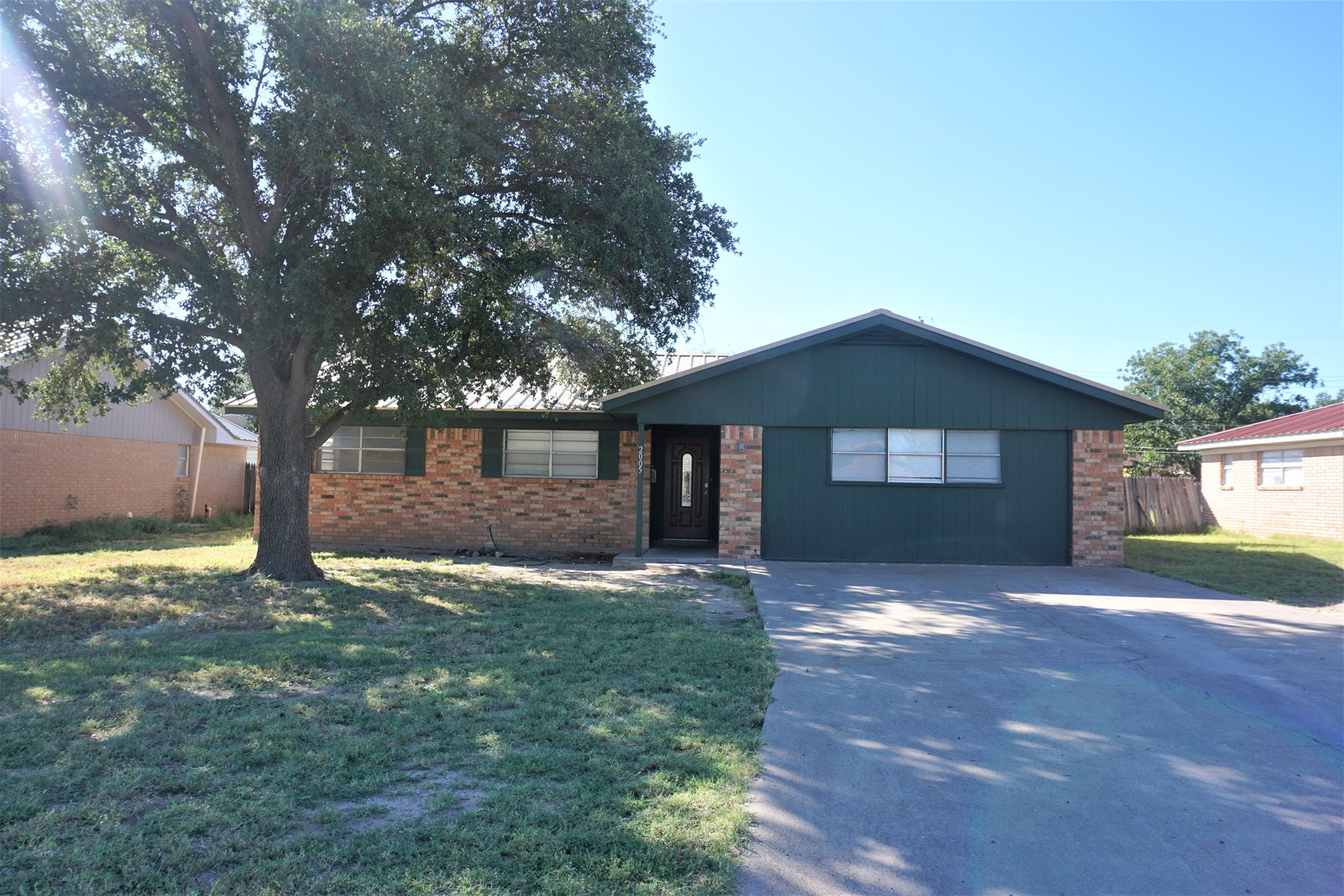 Price reduced!  3 bedroom brick home In Ft. Stockton Texas