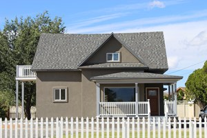 NEWLY REMODELED HOME NEXT TO CHIPETA GOLF COURSE IN COLORADO