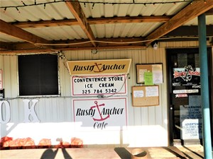 CAFE / CONVENIENCE STORE AT LAKE BROWNWOOD TEXAS