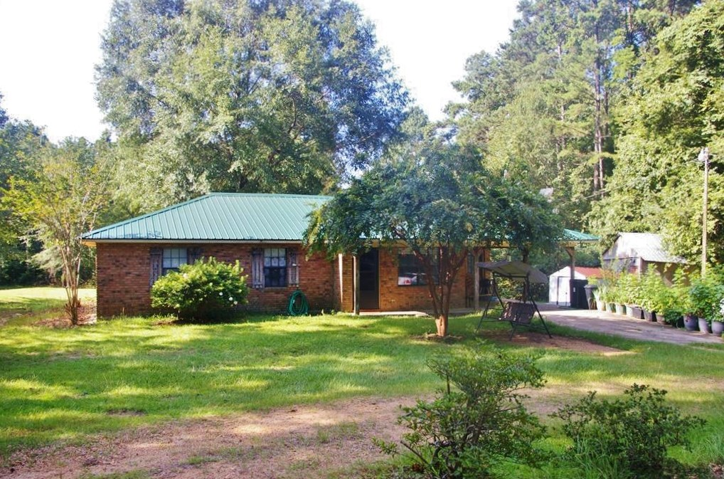 3 Bed/2 Bath Home, 1 Acre, Smithdale, Franklin County, MS