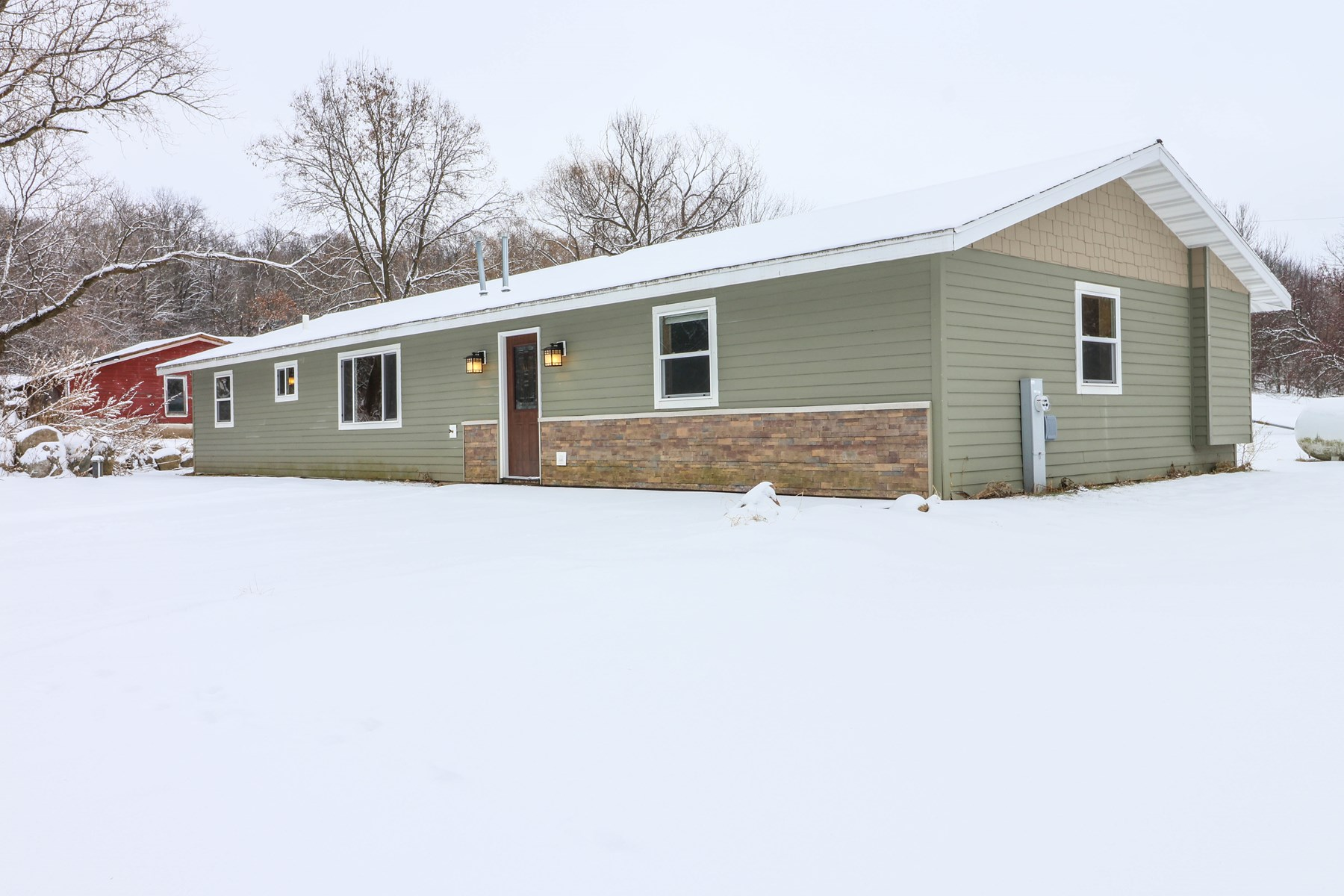 Country Home for sale in Town of Waupaca, WI