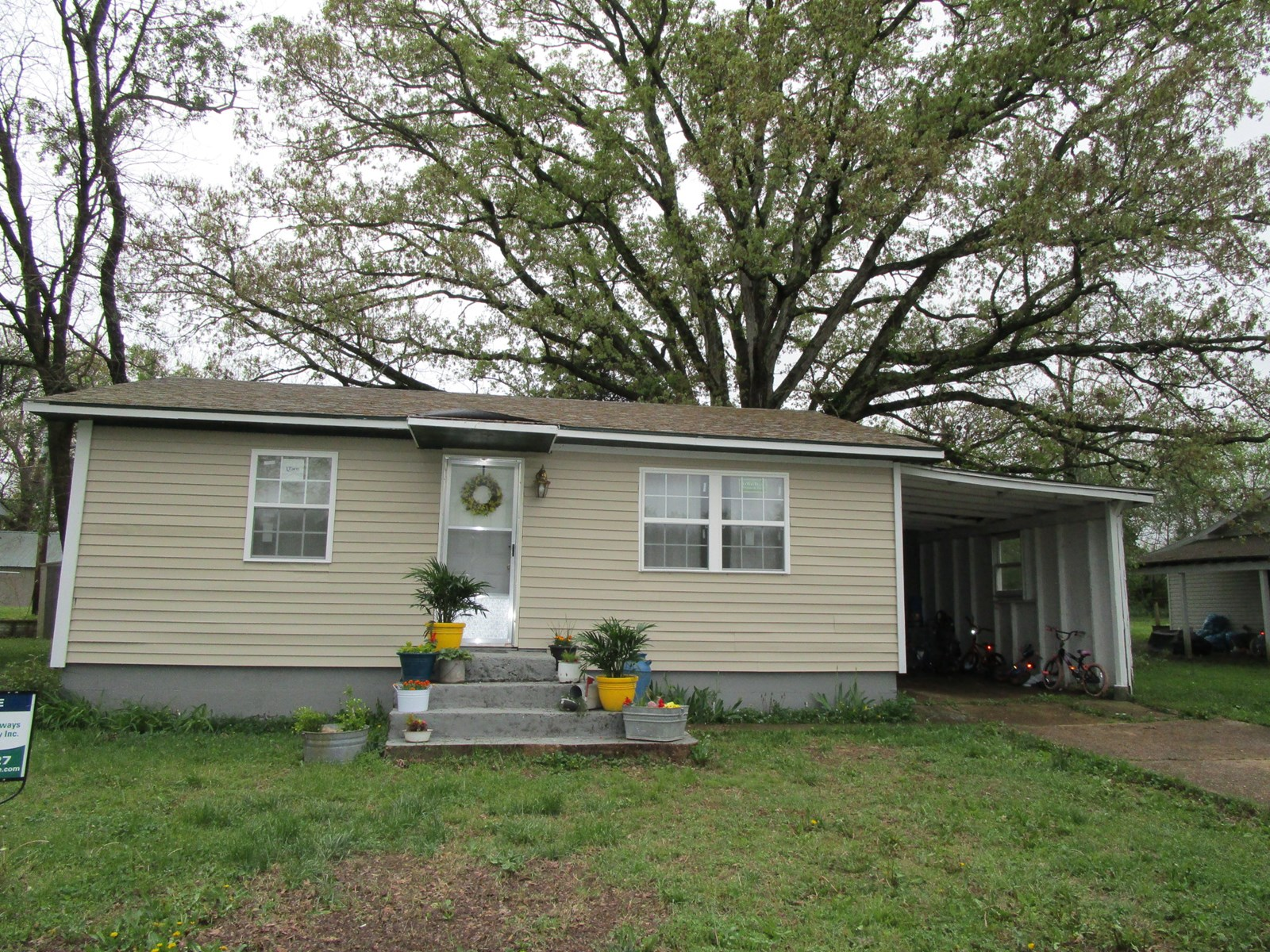 House for Sale in Town in Southern Missouri