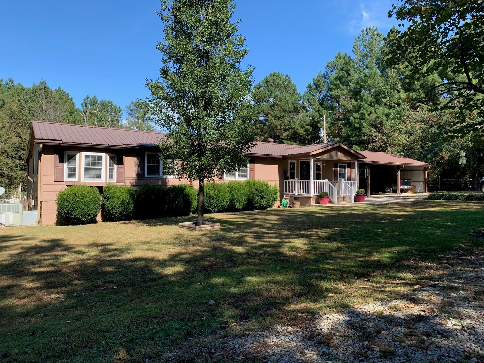 Country Home on 4 acres m/l near Pocahontas, AR 4BR/3BA