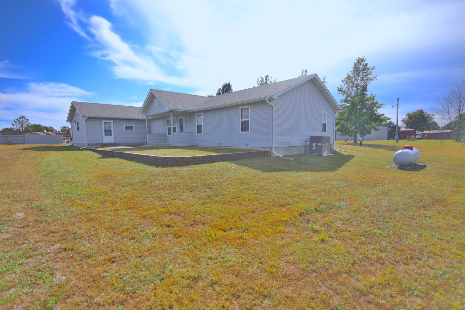 Country Home for Sale in West Plains Missouri