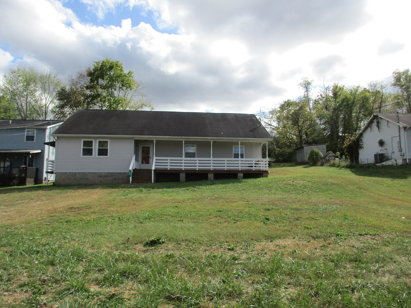 Cute Move-in Ready Home located in WV