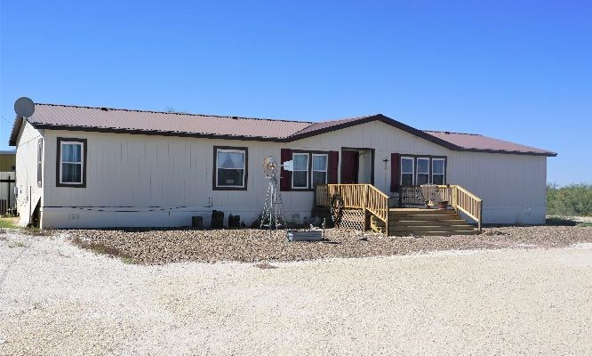 Country Manufactured Home + 10 Acres in Fort Stockton, TX