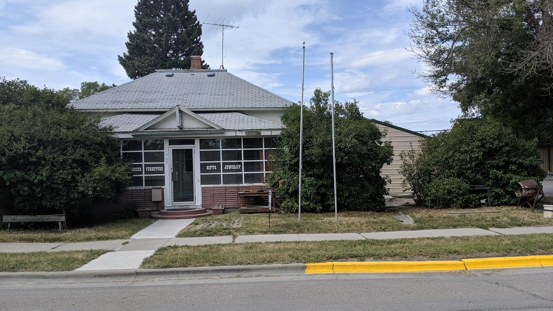 House close to UMWMC in Dillon, Montana