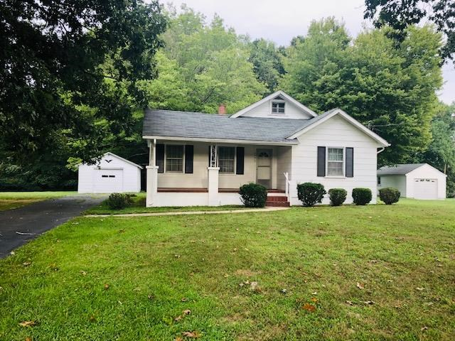 Well Maintained Home in Danville, VA on 1+ Acre Lot