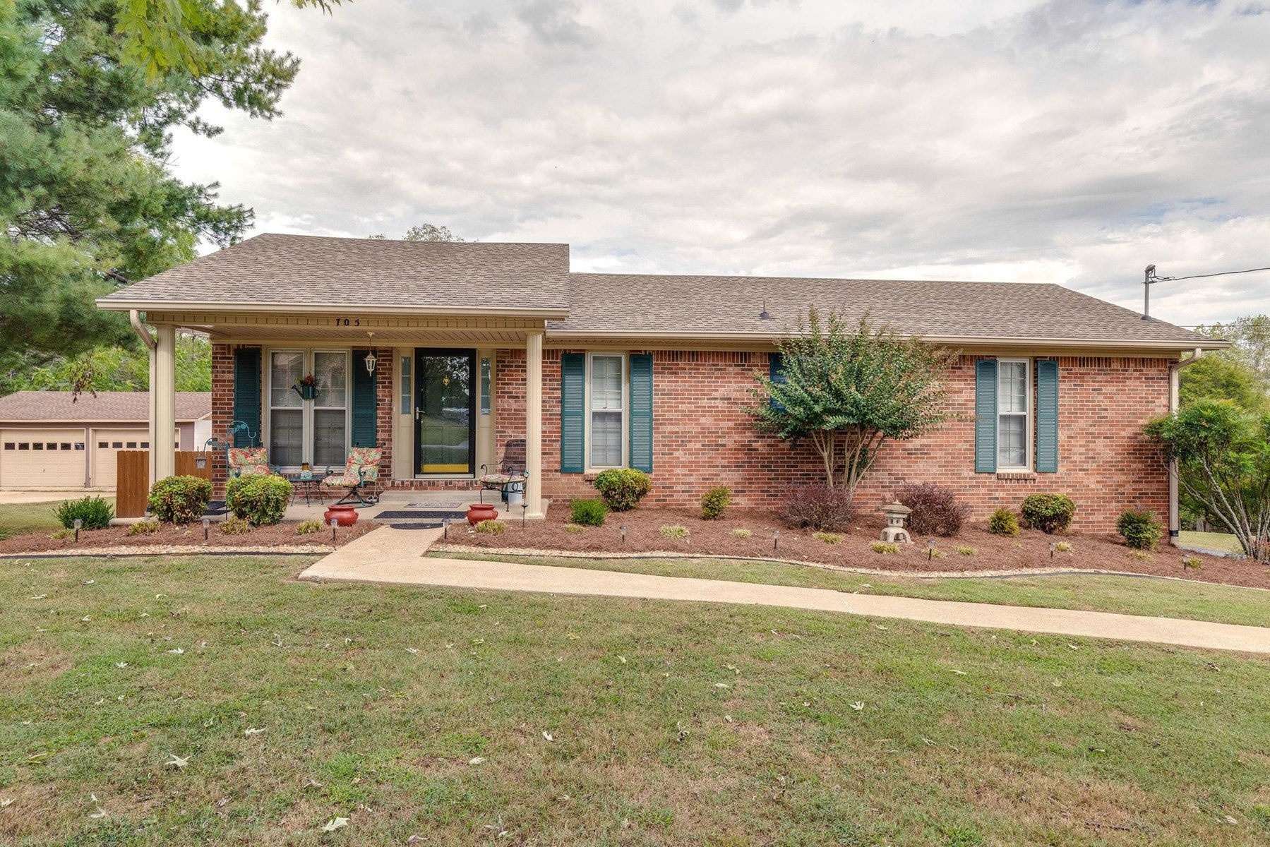 All Brick Ranch Style Home for Sale in Columbia, Tennessee