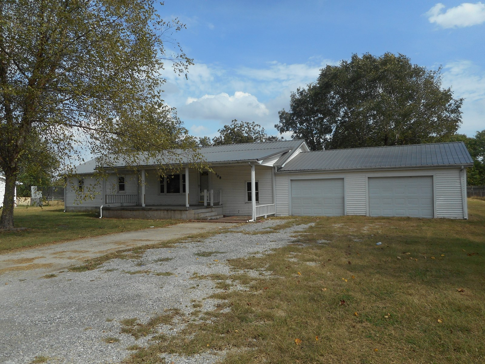 For Sale 3 BR, 1 Ba House Rural Sikeston MO