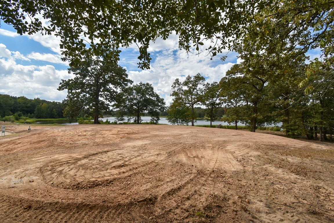 WATERFRONT LOT GARDEN VALLEY GOLF COURSE IN GATED COMMUNITY