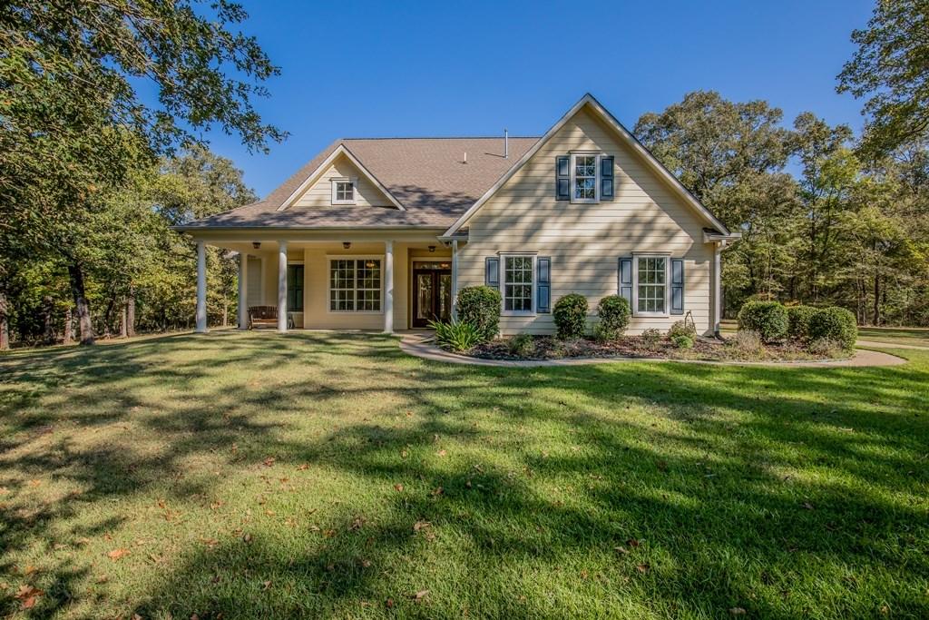 Beautiful Home on Acreage - Oakwood, TX - Leon County, TX