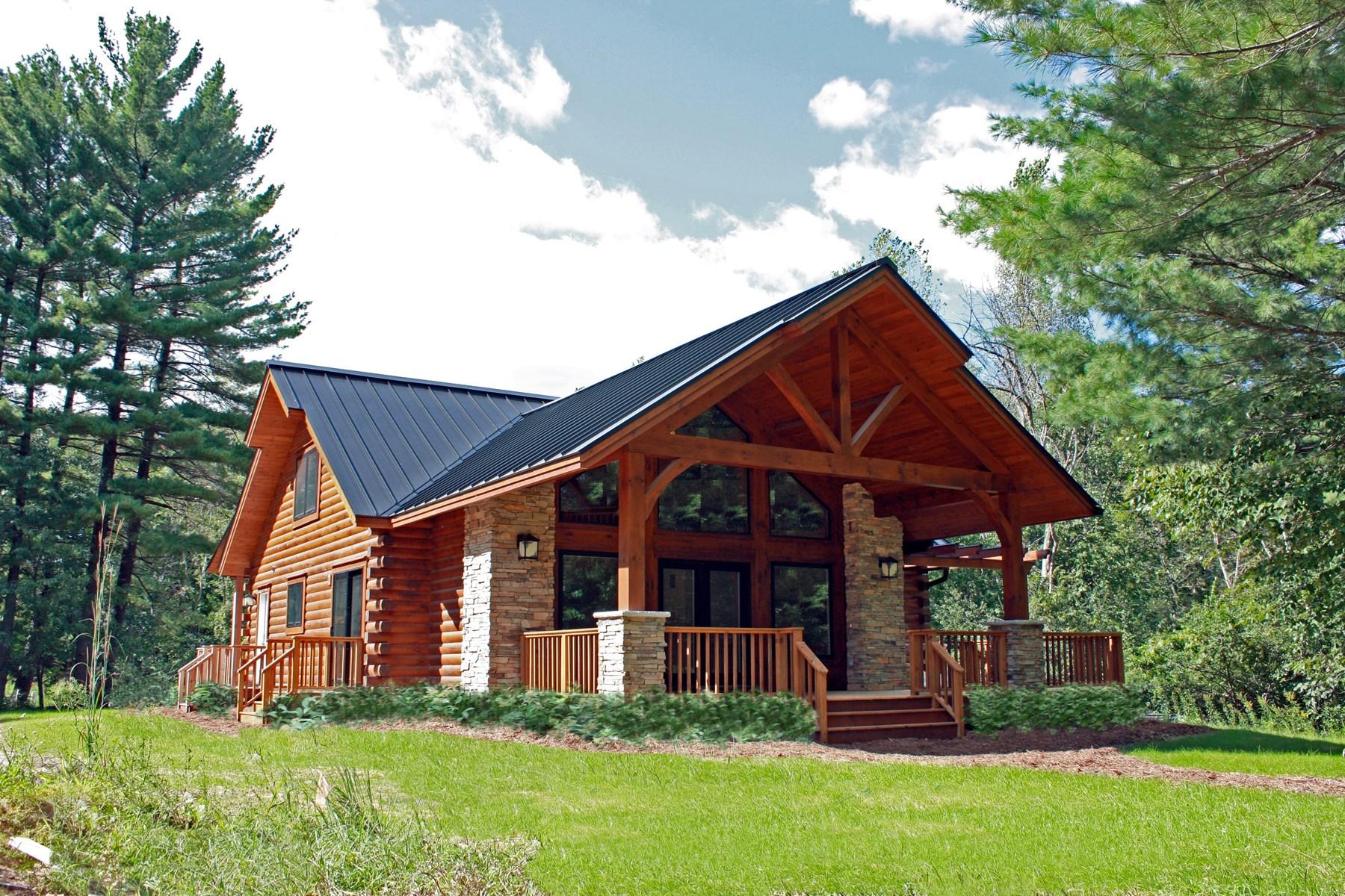 Waupaca Chain O' Lakes Log Home for sale WI