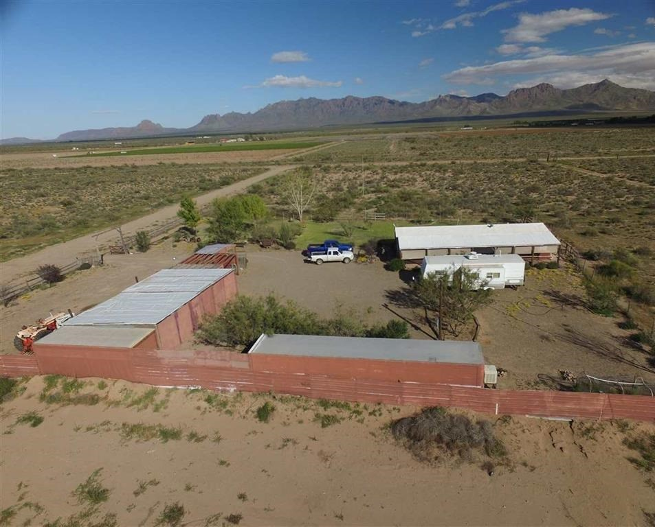 Great property with fantastic mountain views in New Mexico