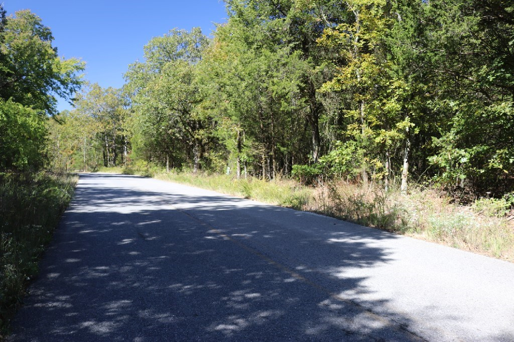 Paved Frontage Building Lot For Sale In The Ozarks
