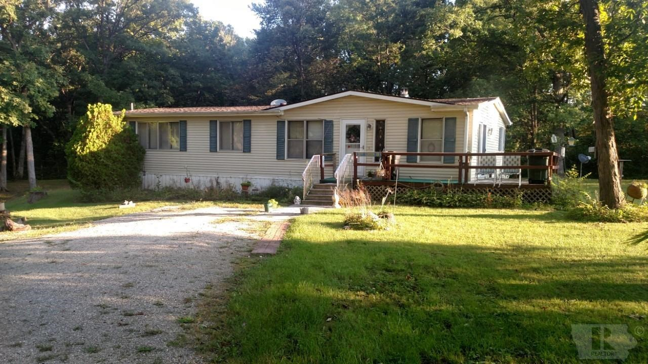 Nice Country Acreage With 3-Bedroom Home Near Keokuk, Iowa
