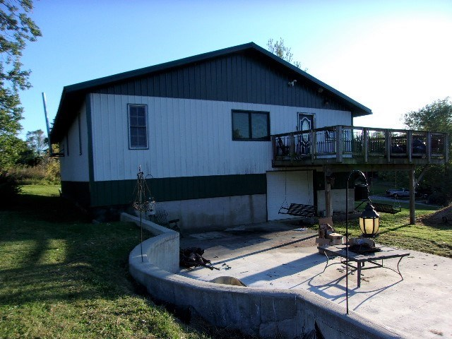 40' x 56' Building w/ Living Quarters in Unionville, MO