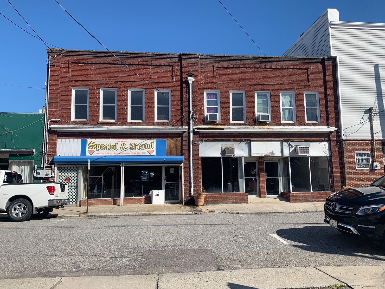 3 Storefront, 2 Apartments in Downtown Elizabeth City