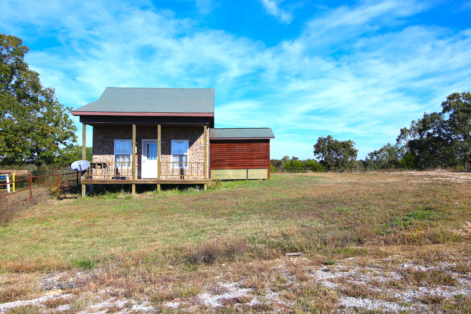 Hobby Farm For Sale with Cabin in the Ozarks of Southern MO