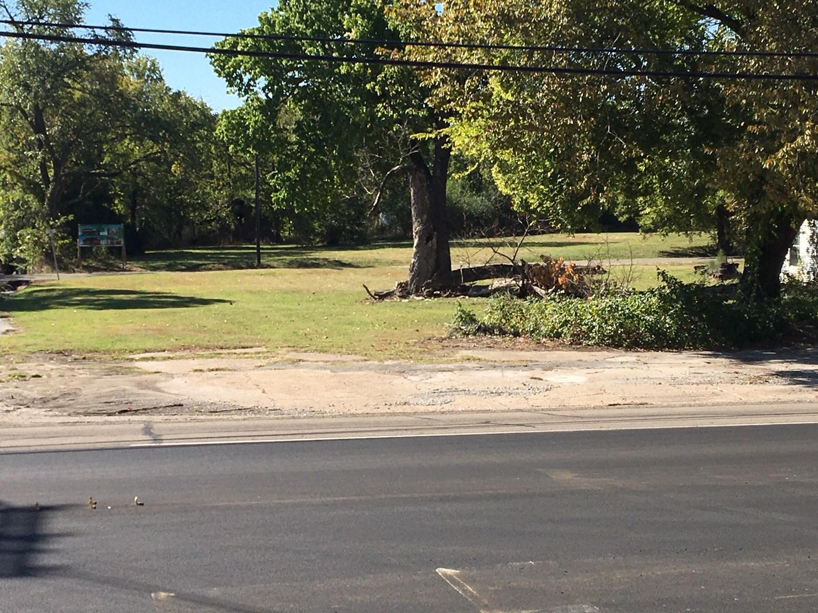 Bonham, TX Commercial Lot
