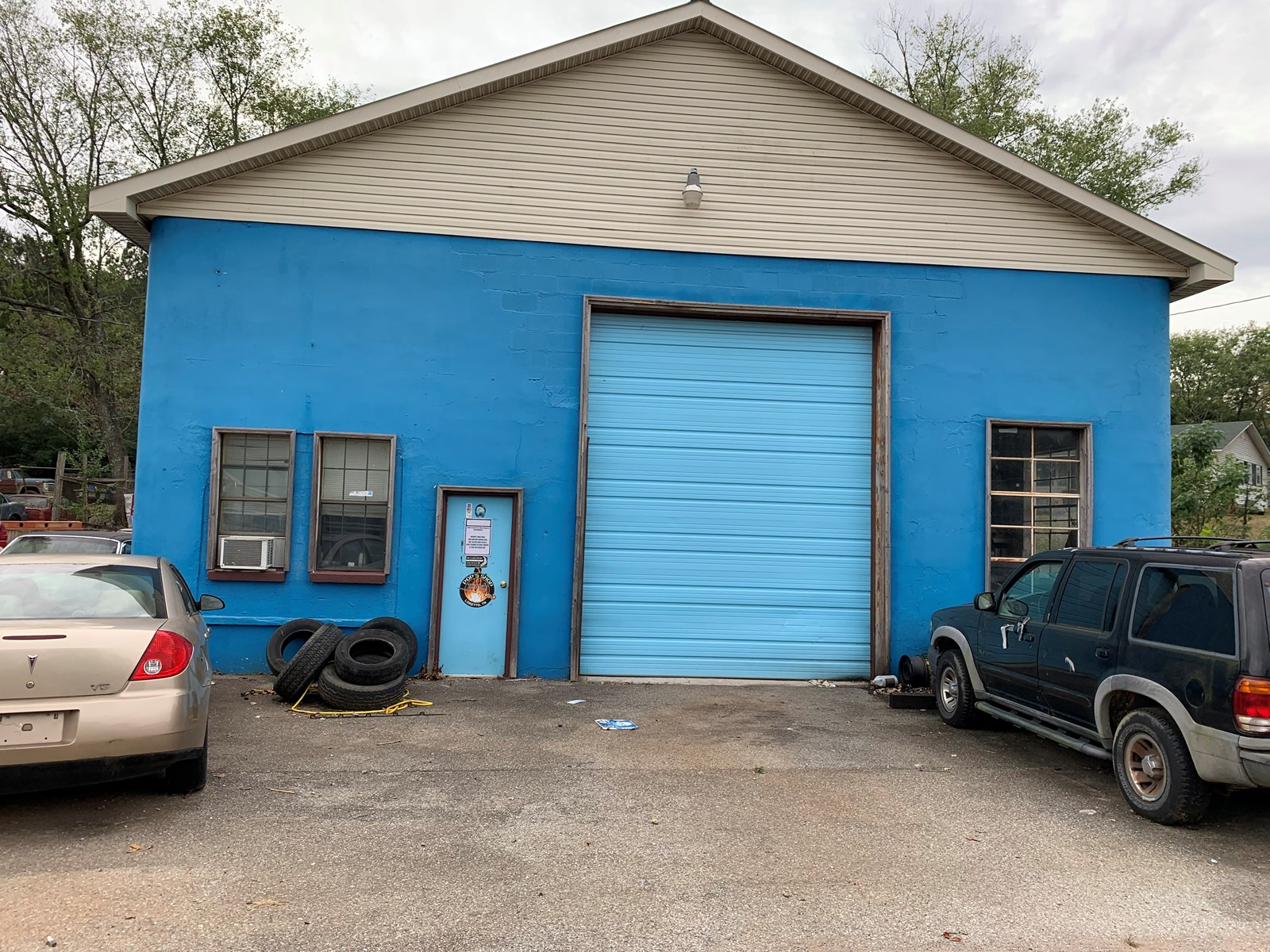 Mechanic/Tire Shop For Sale in Lawrence County TN