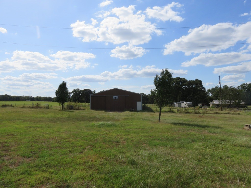 BRICK HOME FOR SALE IN ANDERSON COUNTY