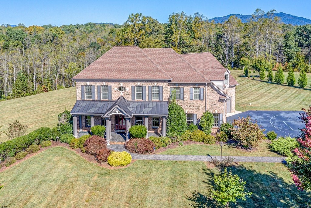 Custom Built Home in Trents Meadow of Lynchburg, VA
