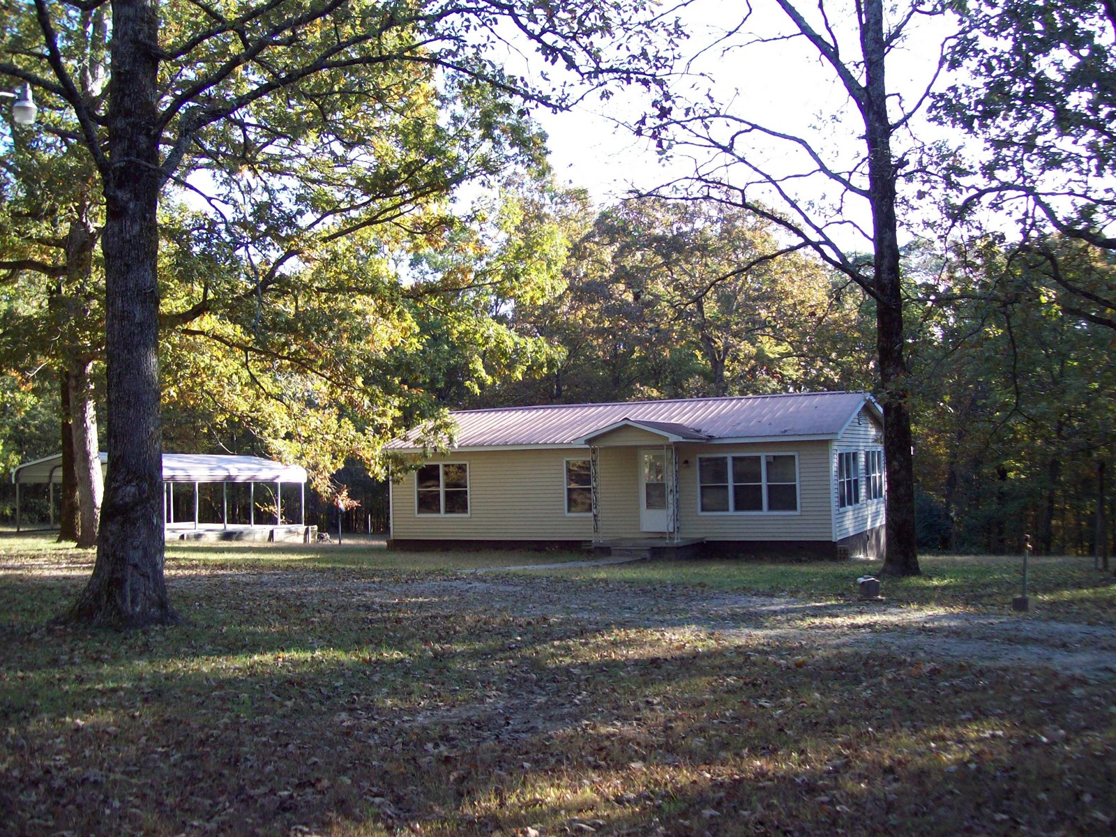 Home on 3.5 acres at Wappapello Lake