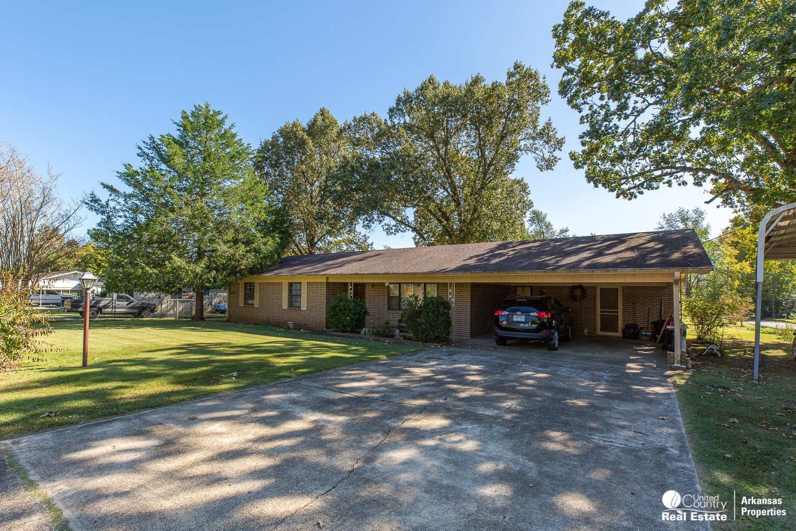 Well Maintained Brick Home in Mena