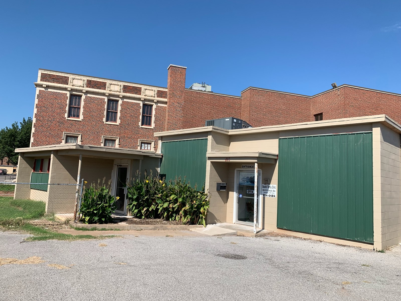 COMMERCIAL BUILDING FOR SALE CHICKASHA OKLAHOMA GRADY COUNTY