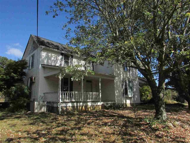 1900 3 BR, 1.5 BA Home For Sale in Whitesburg, TN
