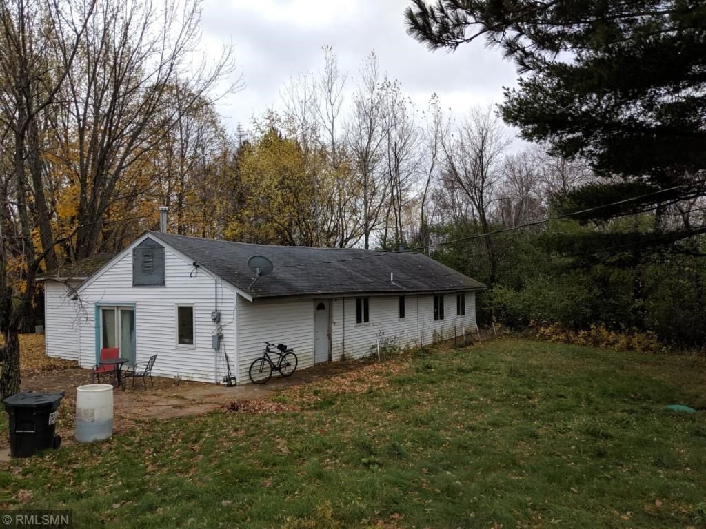 Investment Property! Fixer Upper Home on 20 acres, Sandstone