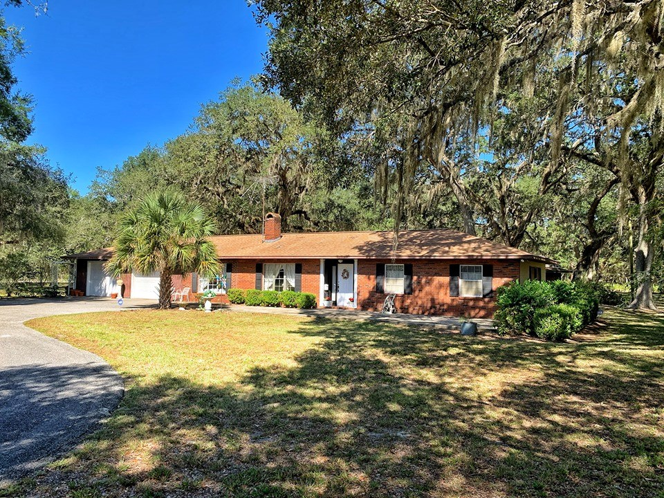 HOME FOR SALE DIXIE COUNTY OLD TOWN FLORIDA