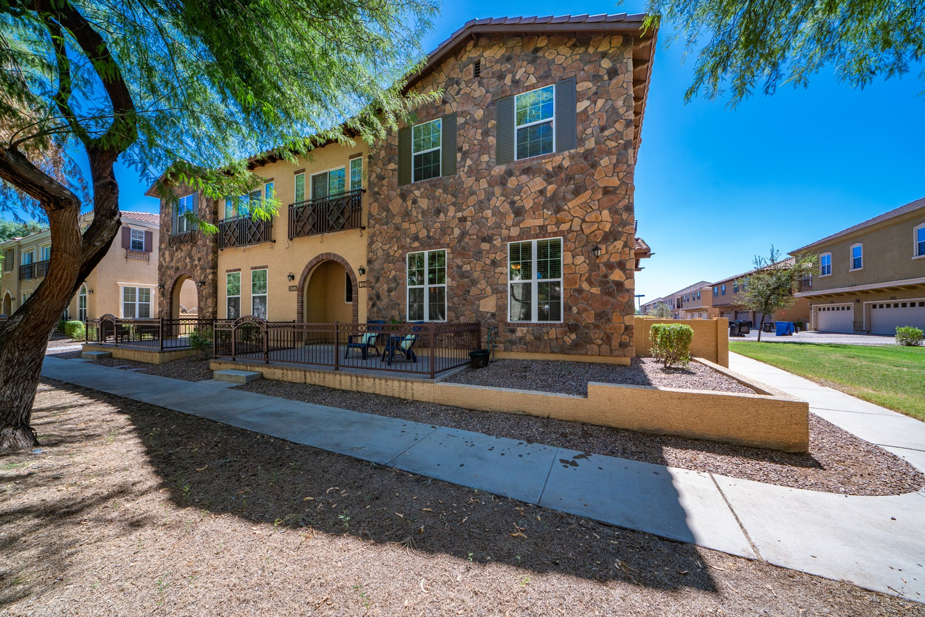 3 BED 2 BATH CONDO IN POWER RANCH COMMUNITY GILBERT AZ