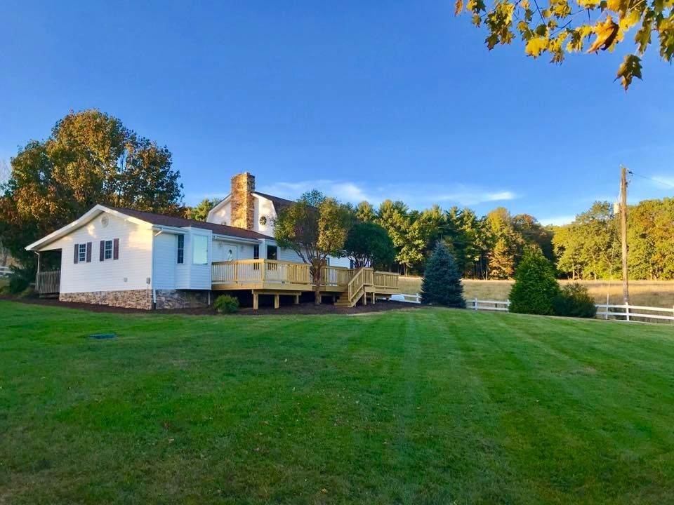 Stunning Mini Farm for Sale in Willis VA!