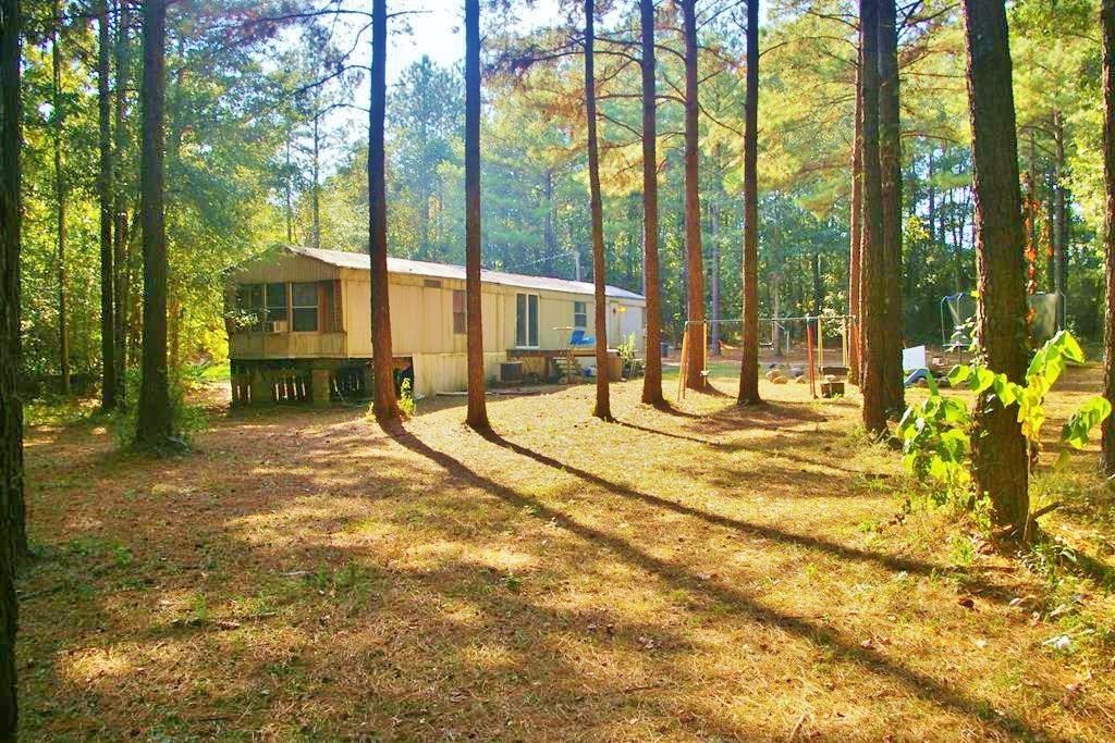 2 Mobile Homes, Metal Shop, 4.86 Acres for Sale McComb, MS