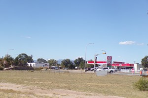 COMMERCIAL LOT FOR SALE HEART OF MORIARTY NM US 66 & NM 41