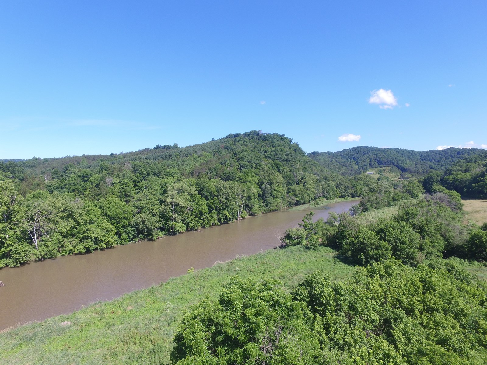 Riverfront Hunting Property for Sale Sneedville Tennessee
