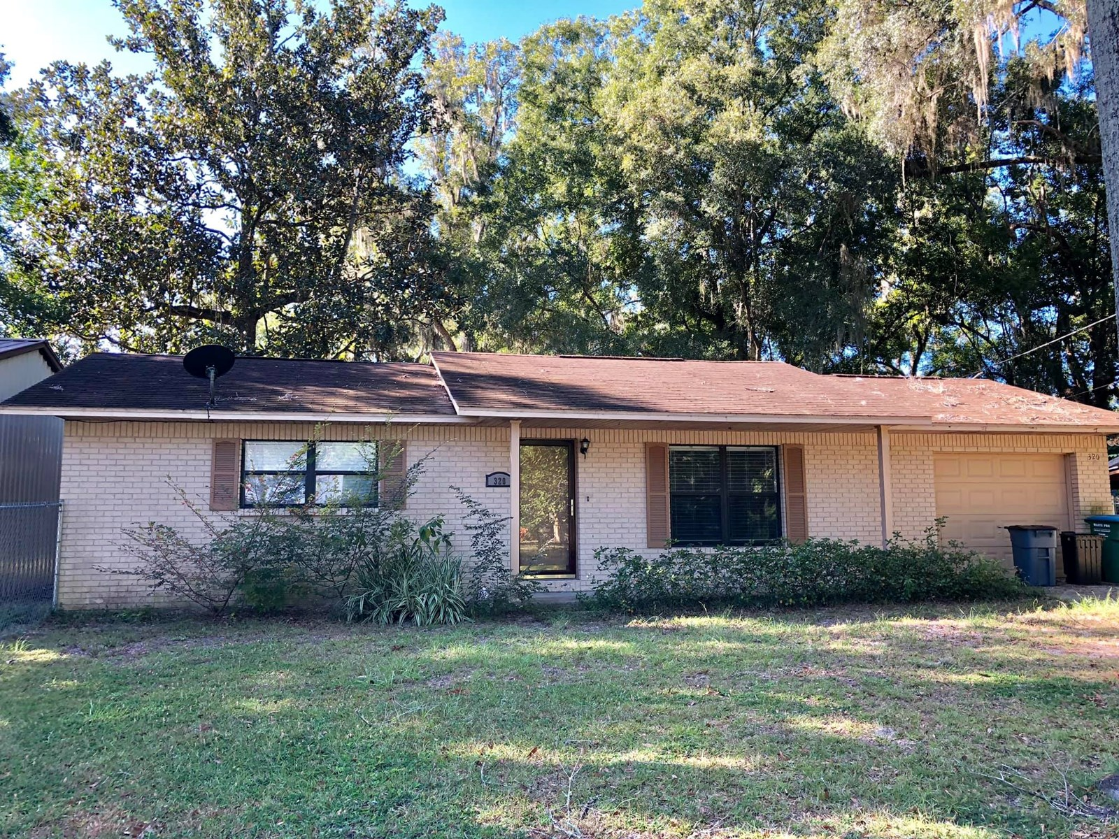 3/1 CONCRETE BLOCK home in the city of Trenton, FL