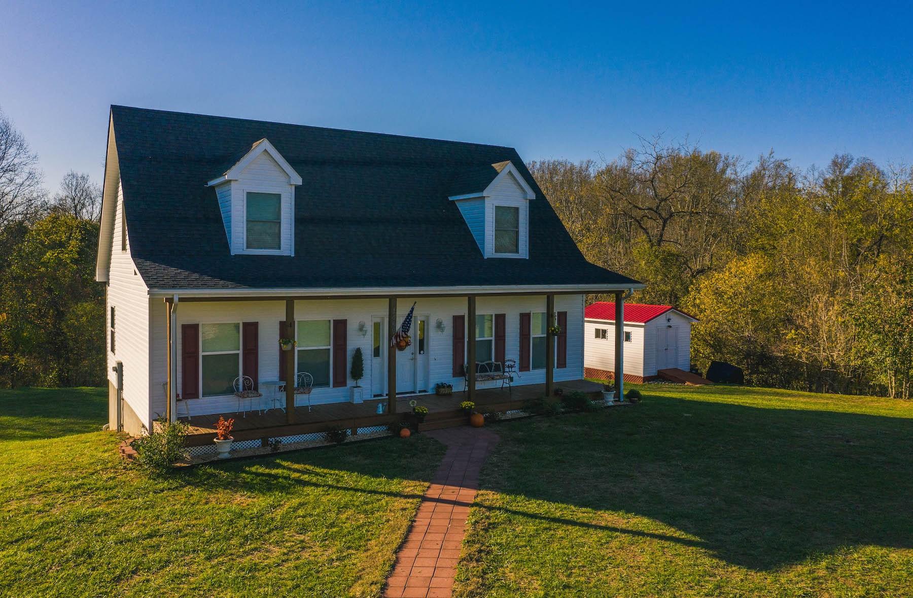 Home in Blacksburg For Sale Near VA Tech!