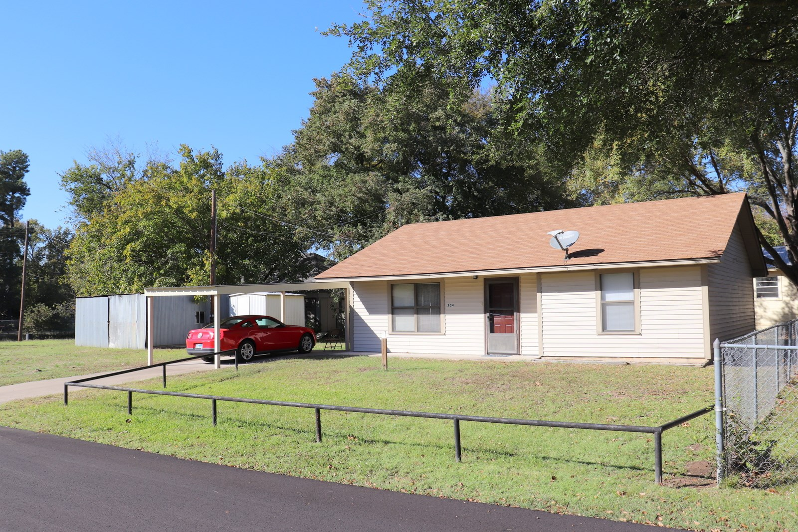 MOVE IN READY 2/1/1 QUITMAN, TEXAS - INVEST - DOWNSIZE