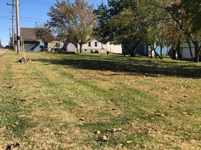 Land for Sale in Town - South Central Missouri