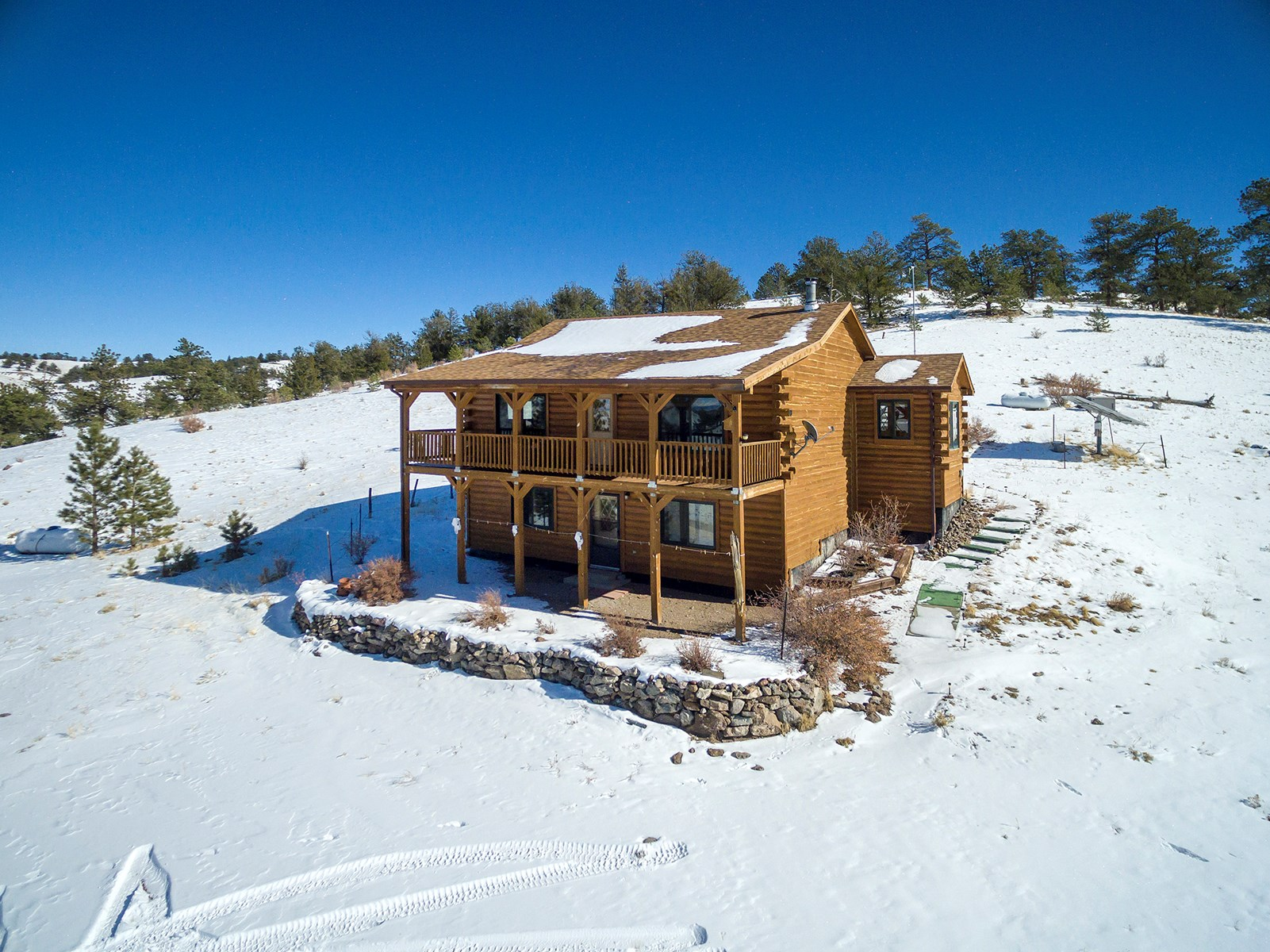 Log Home on Hunting Property For Sale in Central Colorado